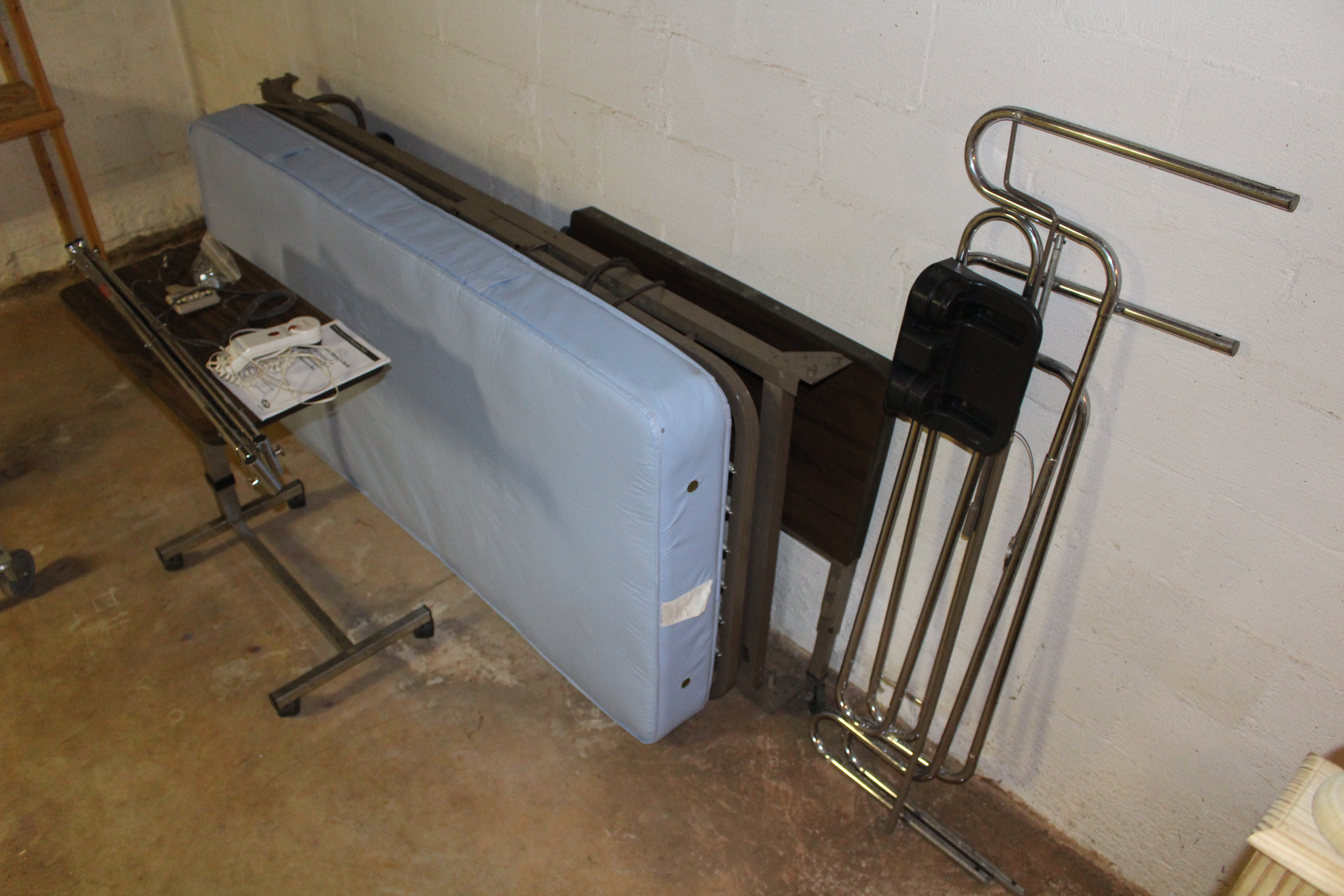 Photo 1 of Electric hospital bed