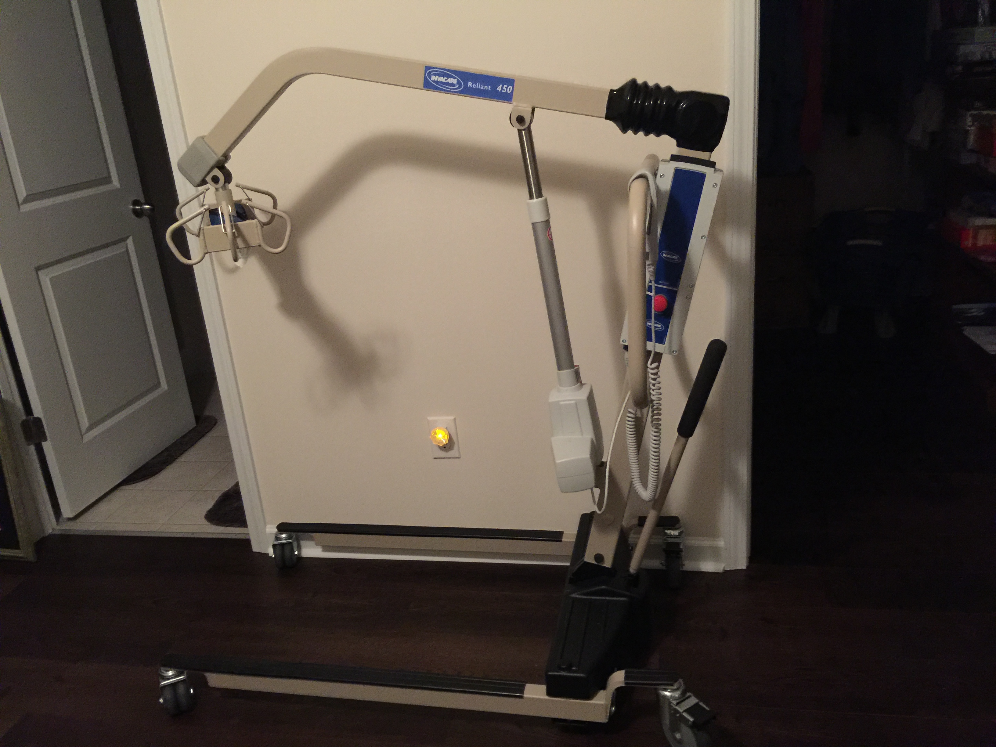 Photo 1 of Hoyer Lift, Battery Operated